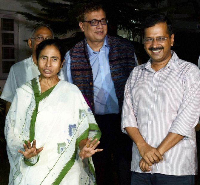 TMC endorses AAP in Delhi polls