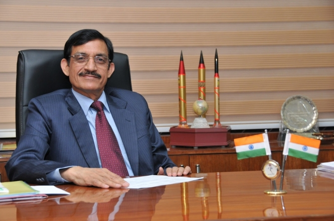 Is there a message in DRDO chief's exit?