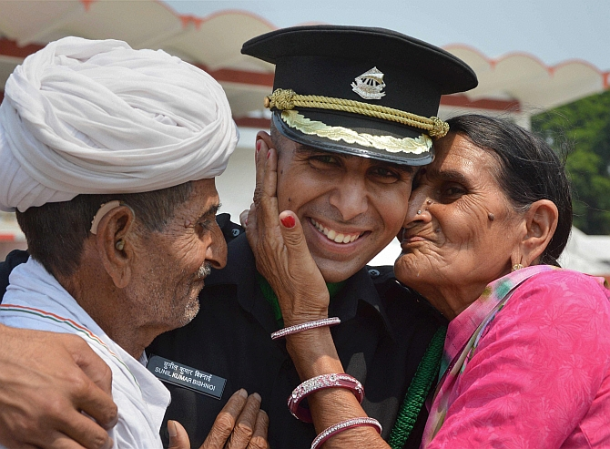 687 cadets enter Indian Army as officers