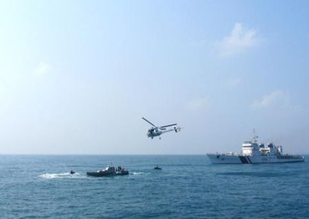 Navy close to finding missing aircraft as underwater search begins