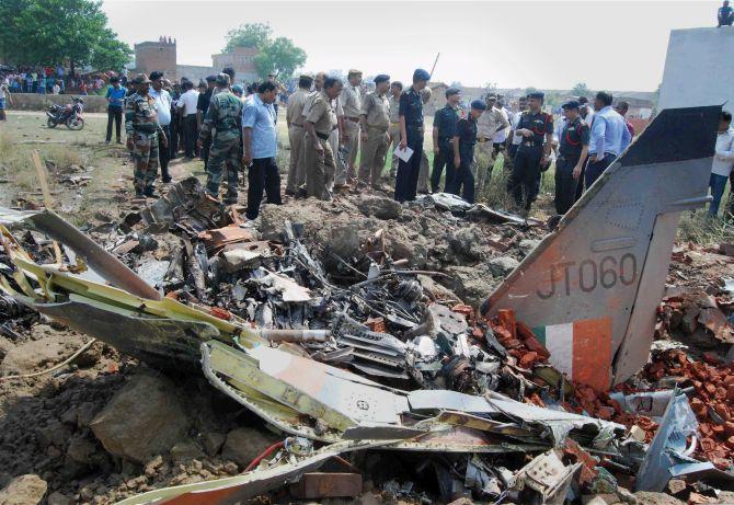 Jaguar fighter jet crashes near Allahabad, pilots eject