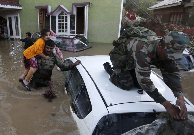 Defence ministry charged flood-ravaged Kashmir Rs 500 crore for rescue ops