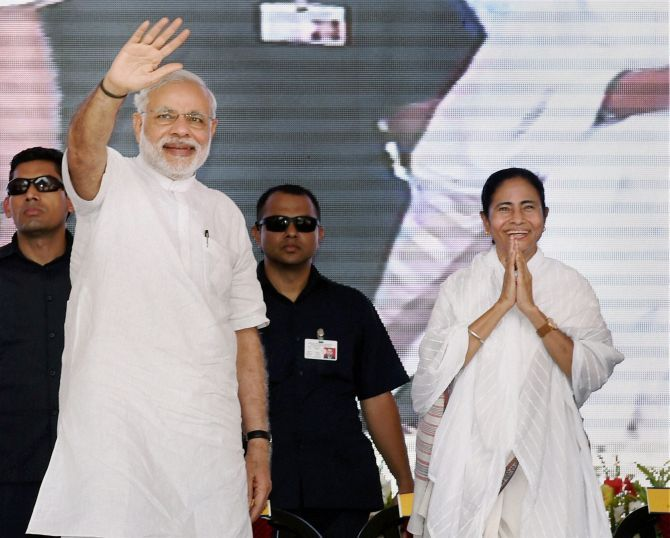 Prime Minister Narendra Damodardas Modi and West Bengal Chief Minister Mamata Banerjee at the dedication ceremony of the modernised IISCO steel plant in Asansol, May 10, 2015. Photograph: Swapan Mahapatra/PTI