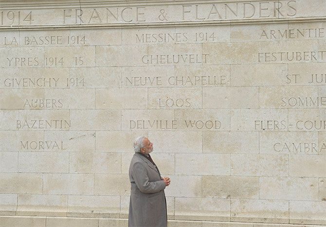 Prime Minister Narendra Modi at the World War I Memorial in Neuve-Chapelle, France, April 11, 2015. Photograph: Press Information Bureau