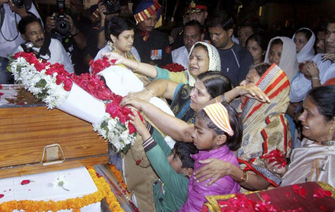 Last salute: Thousands gather for funeral of martyred Colonel Mahadik