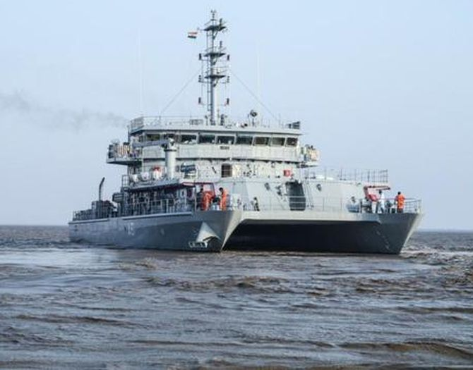 INS Astradharini commissioned into Indian Navy