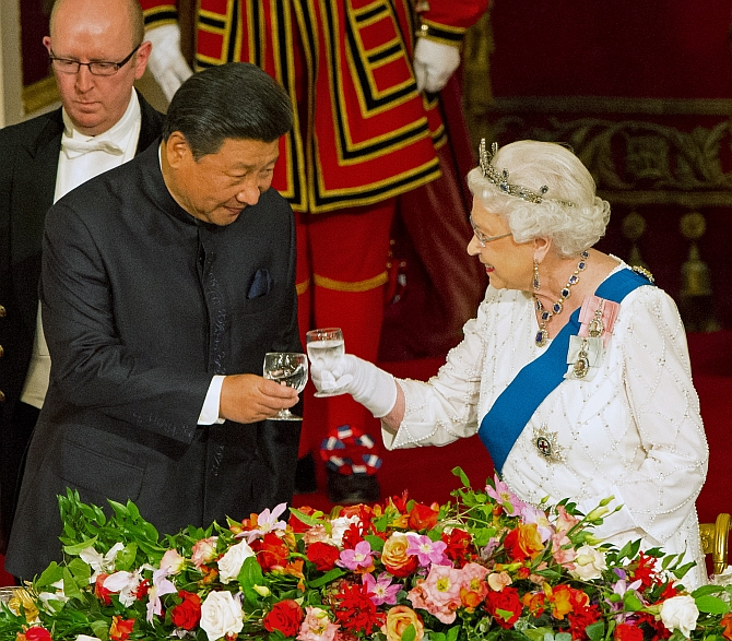 Chinese President Xi Jinping with Queen Elizabeth. Photograph: Dominic Lipinski/Reuters