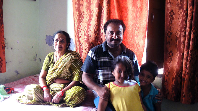 Anand Kumar with mother