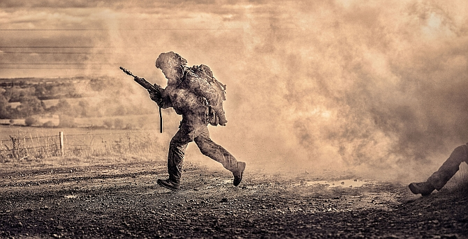 In the line of fire: 10 stunning shots by British Army's best lensmen