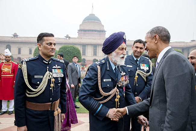 President Obama with Marshal of the Air Force Arjan Singh at Rashtrapati Bhavan