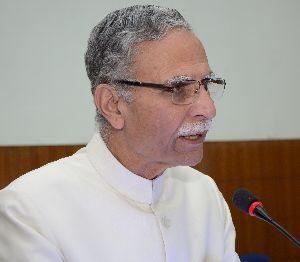 AMU VC Zameeruddin Shah