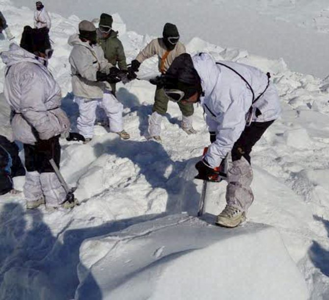 How 150 soldiers, 2 dogs rescued soldier trapped in Siachen avalanche