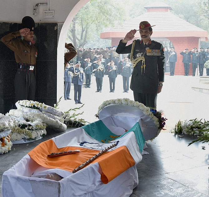 Lt Gen JFR Jacob, 1971 Indo-Pak war hero, laid to rest