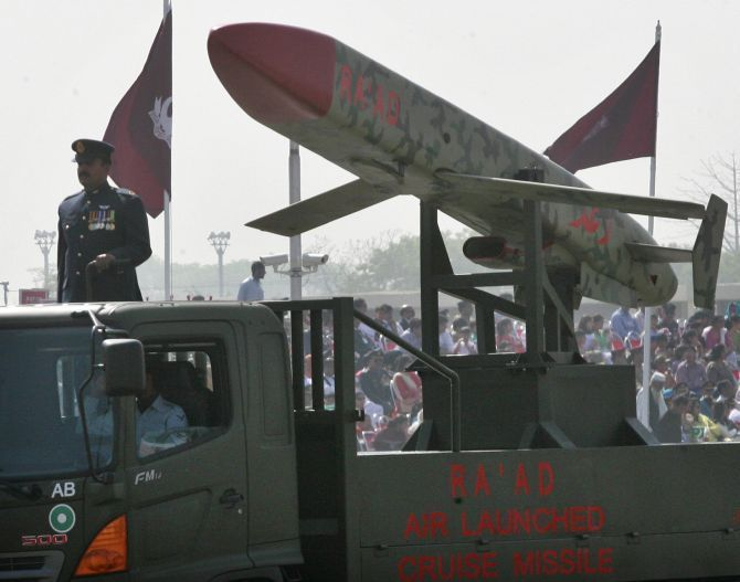 Pakistan has developed nuclear-capable short-range missiles