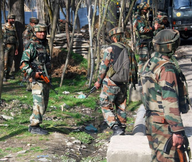 'Army Captain staged Amshipora encounter for Rs 20L'
