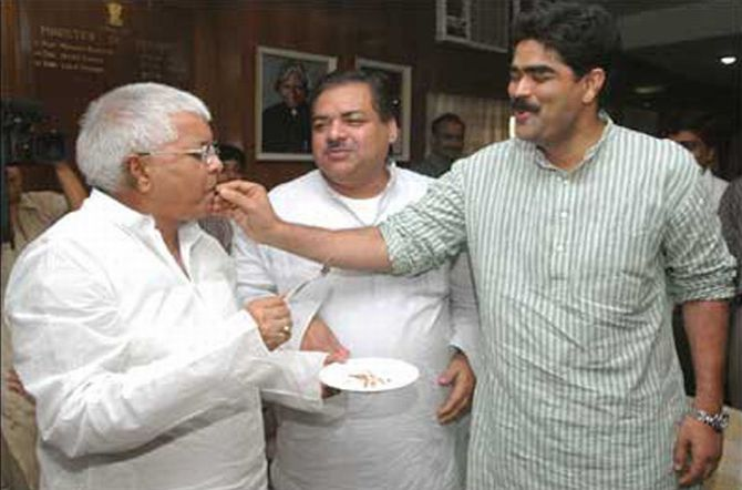 Mohammad Shahabuddin, the dreaded gangster and former Siwan MP, right, with Laloo Yadav, left
