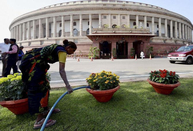 Parliament work washed out for 5th day over demonetisation