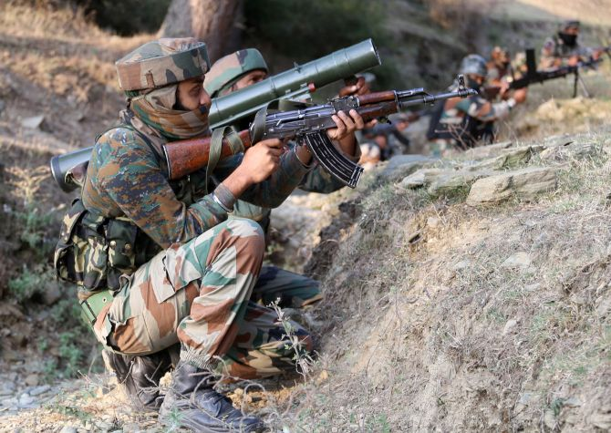 Government clears Rs 15,935-crore plan to buy guns for military