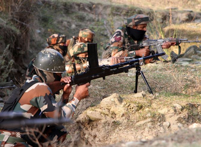Army personnel killed in Pak firing along LoC