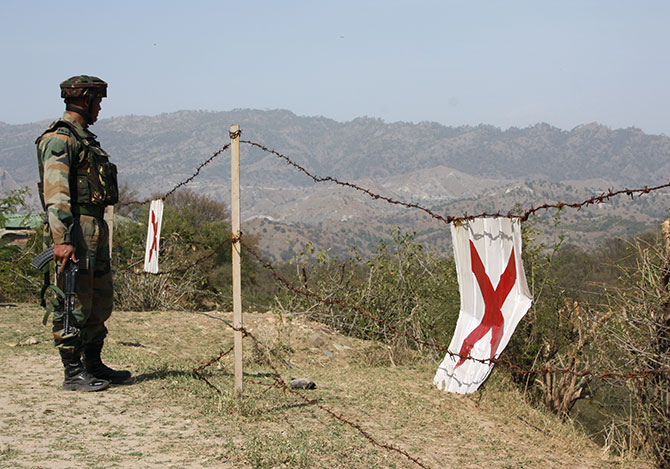 VIDEO: Pak Army raises white flag on LoC