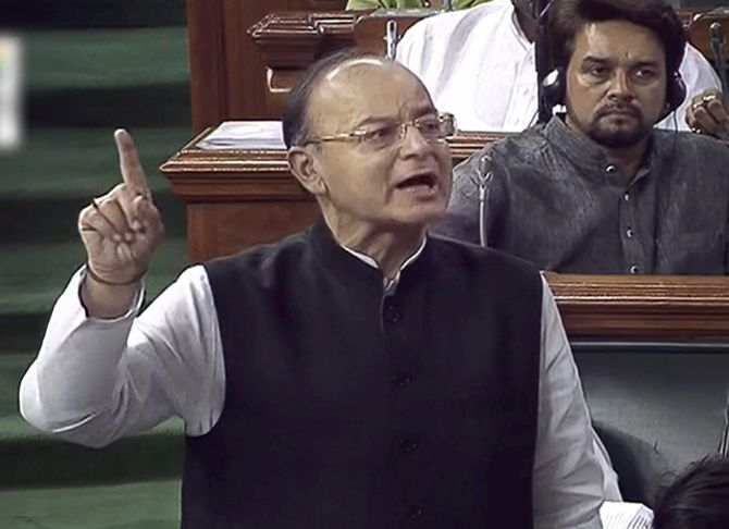 Finance Minister Arun Jaitley makes a point during the presentation of the Budget 2018-2019