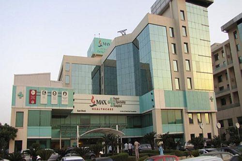 Coronavirus in India: 33 staffers at Max hospital test positive ...
