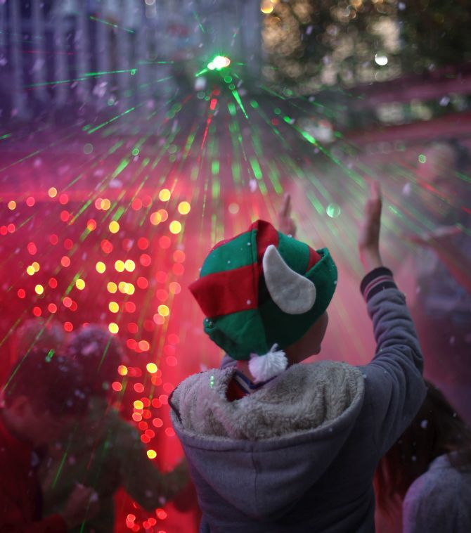 Celebrate Christmas At Your Risk Hindu Outfit To Up Schools Rediff Com India News