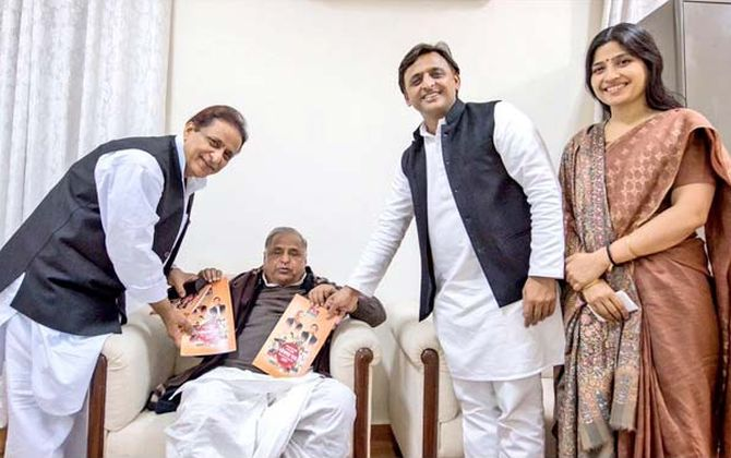 'Akhilesh, my son after all': Mulayam agrees to campaign for SP-Congress alliance