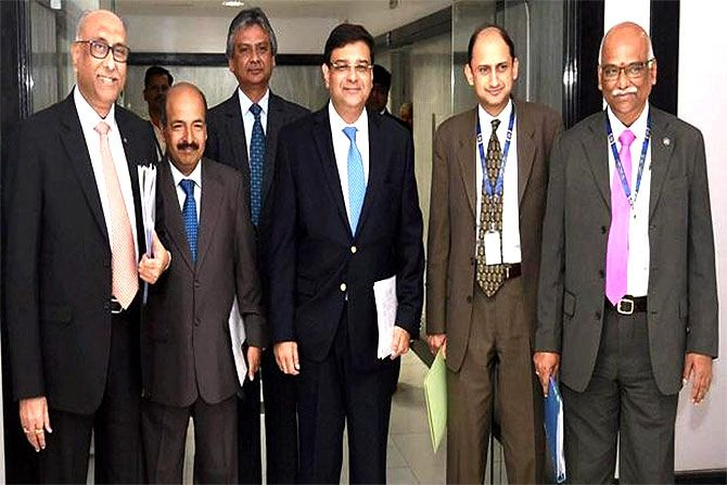 RBI Governor Dr Urjit Patel, centre, RBI Deputy Governor Dr Viral Acharya, second from right, and other RBI deputy governors, February 8, 2017.