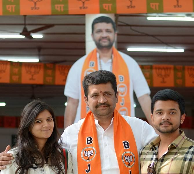 Parag Shah, the Bharatiya Janata Party candidate from Ghatkopar's ward number 132, with his son Manan and daughter-in-law Dhruvi