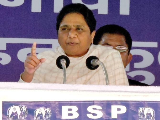 Maya asks Muslims to vote for BSP, again