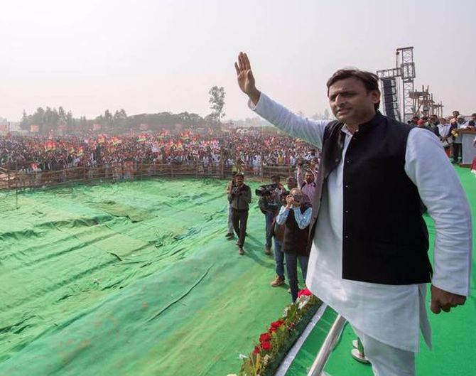No 'maha gathbandhan' in UP? SP not to ally with RLD, tie-up only with Congress