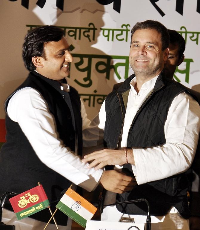 Akhilesh & Rahul: 'UP ko ye saath pasand hai'