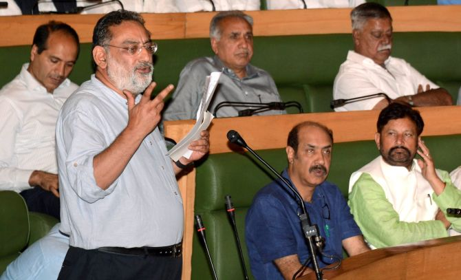J & K passes GST Bill after Prez gives nod to order