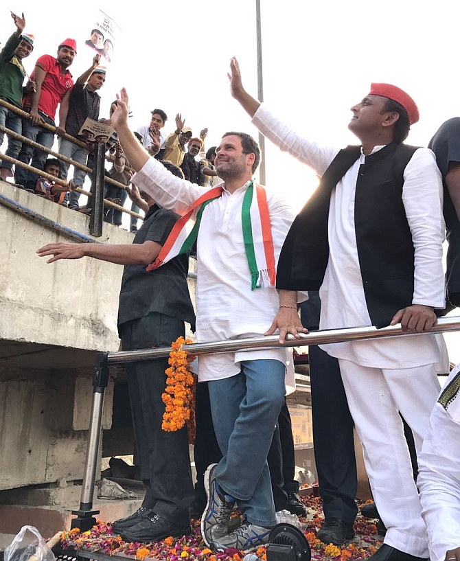 Roadshow politics: Akhilesh-Rahul show of strength in Varanasi
