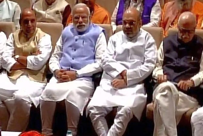 At parliamentary party meet, BJP sounds poll bugle for 2019