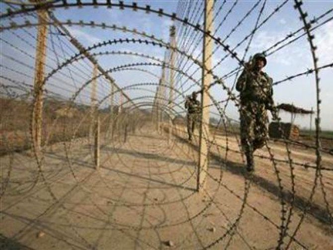 Soldier killed in Pak firing along LoC in Rajouri