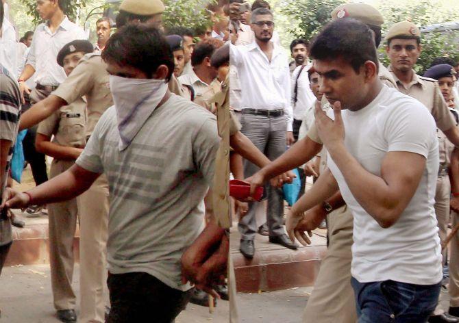 SC rejects Nirbhaya convict's plea, hanging tomorrow