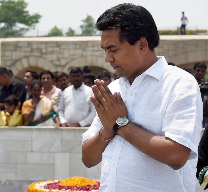 Kapil Mishra invites Yogendra Yadav, Prashant Bhushan to reclaim AAP