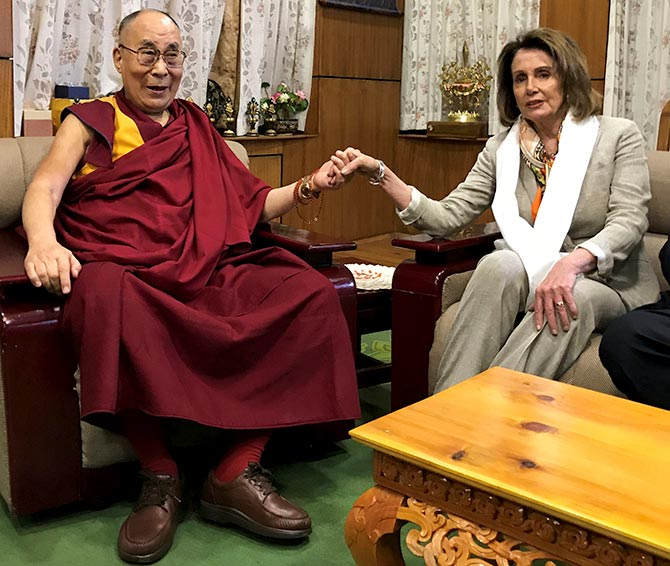 US lawmakers meets Dalai Lama; China protests