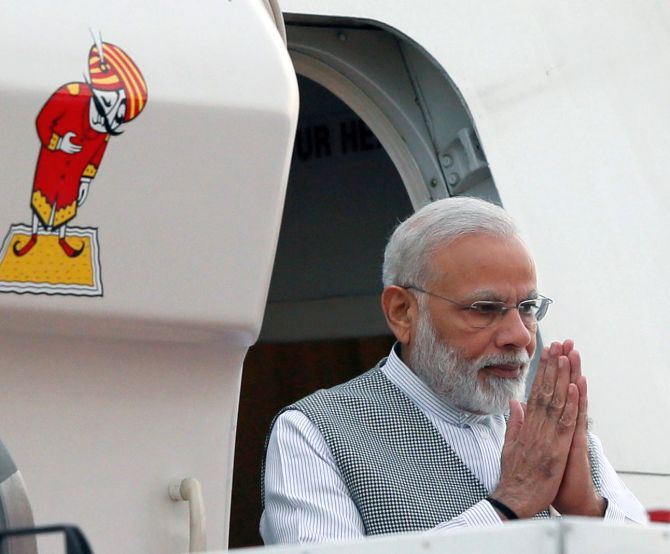 With Modi in Colombo, Lanka rejects China's request for submarine docking