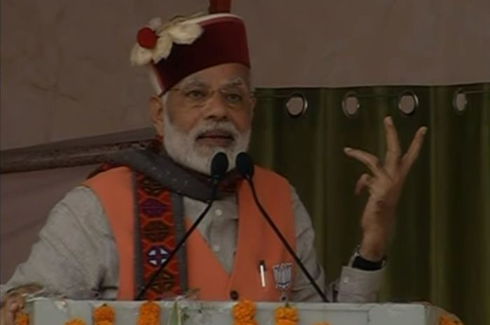 Congress has become a laughing club, Modi says in Himachal
