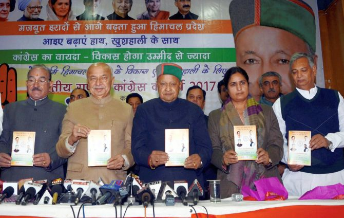 Cong releases poll manifesto for Himachal; woos farmers, students