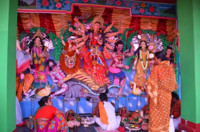 Islamic Bangladesh's fabulous Durga pujas - Rediff com India News