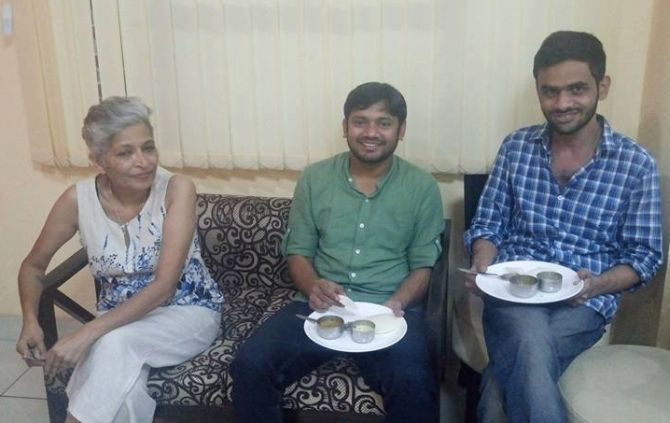 Gauri Lankesh with Kanhaiya Kumar and Umar Khalid in New Delhi
