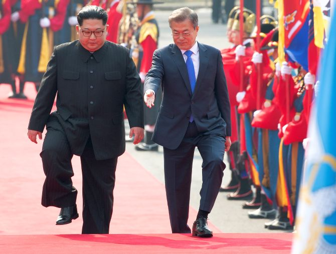 North Korean dictator Kim Jong Un, left, with South Korean President Moon Jae-in at Panmunjom, April 27, 2018