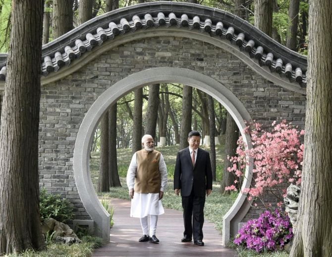 Prime Minister Narendra Damodardas Modi with Chinese President Xi Jinping at Wuhan, April 27, 2018