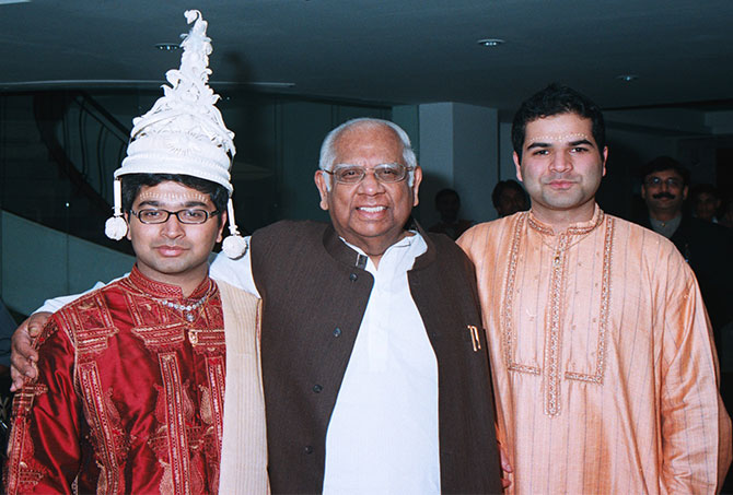 Somnath Chatterjee with his grandsons