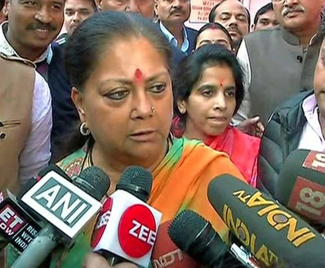 'I feel insulted': Raje slams Sharad Yadav for body shaming her