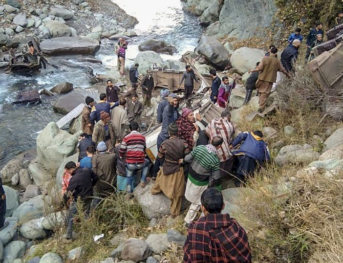 India News - Latest World & Political News - Current News Headlines in India - 13 killed as bus falls into gorge in J-K's Poonch